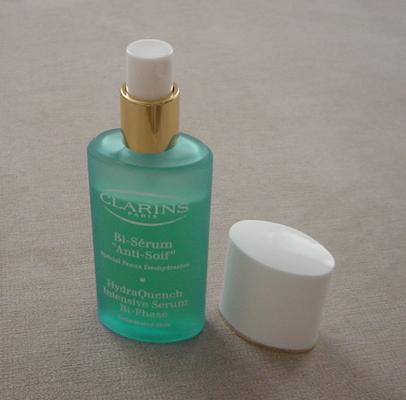 Clarins HydraQuench serum uncapped. Shake well before use to mix the two