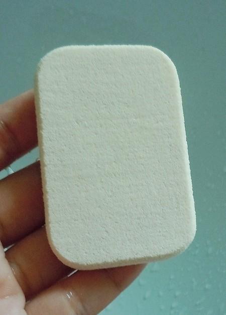 Clean makeup sponge